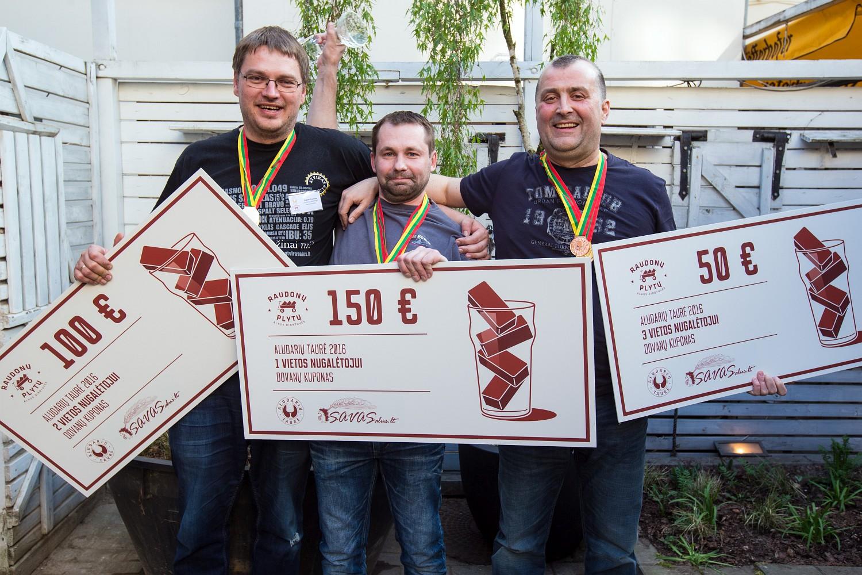 Лауреаты конкурса Aludarių Taurė: Sigitas Rupeikis, Modestas Gelžinis и Gytis Gurklys. Фото: Aludarių Taurė