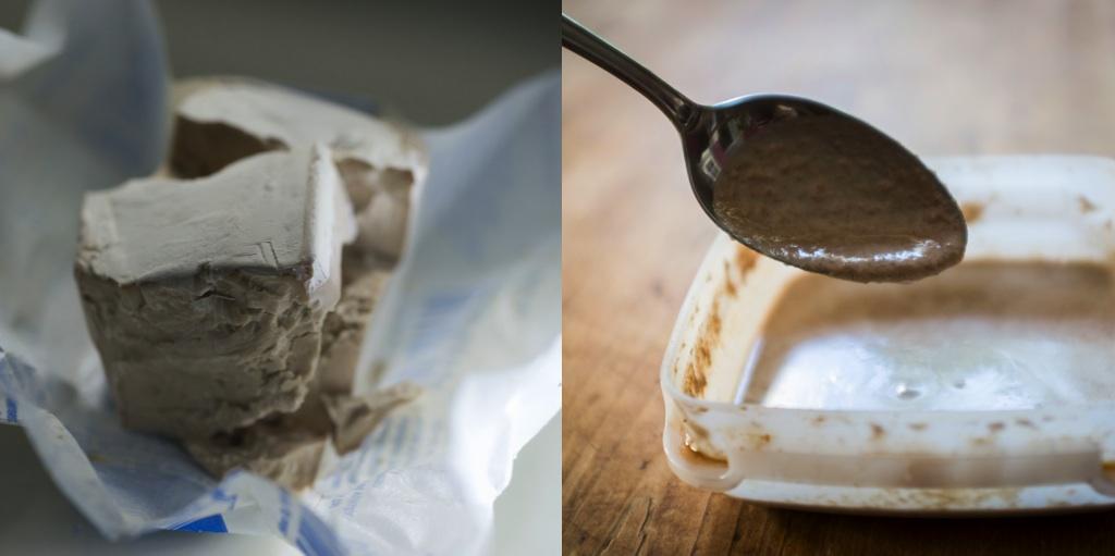 Сегодня большинство производителей сахти используют свежие хлебопекарные дрожжи, произведённые Suomen Hiiva (слева). Закваска, из которой я возродил штамм пивных дрожжей (справа). Фото: Sami Perttilä (слева) и Mika Laitinen (справа)