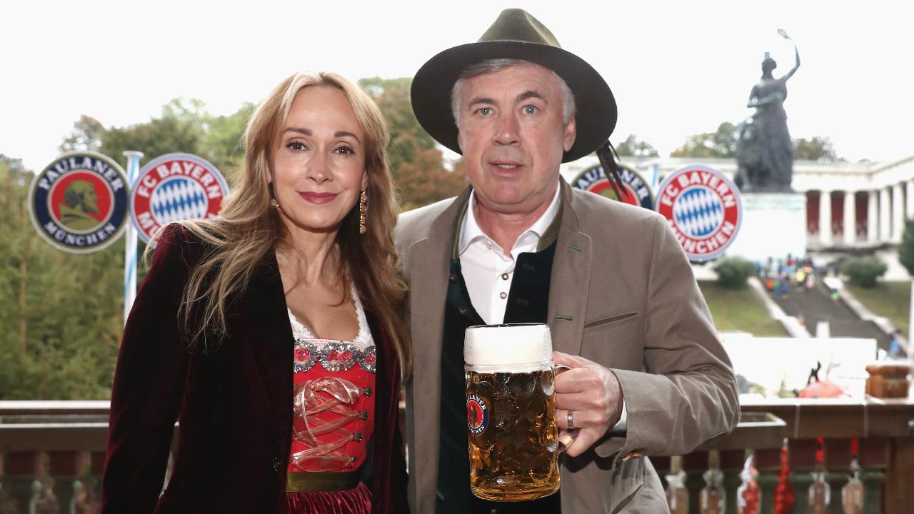 Тренер «Баварии» Карло Анчелотти с женой Марианн Баррена Макклей. Фото: Witters