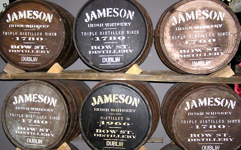 Бочки от виски Jameson. Фото: Brew Studs