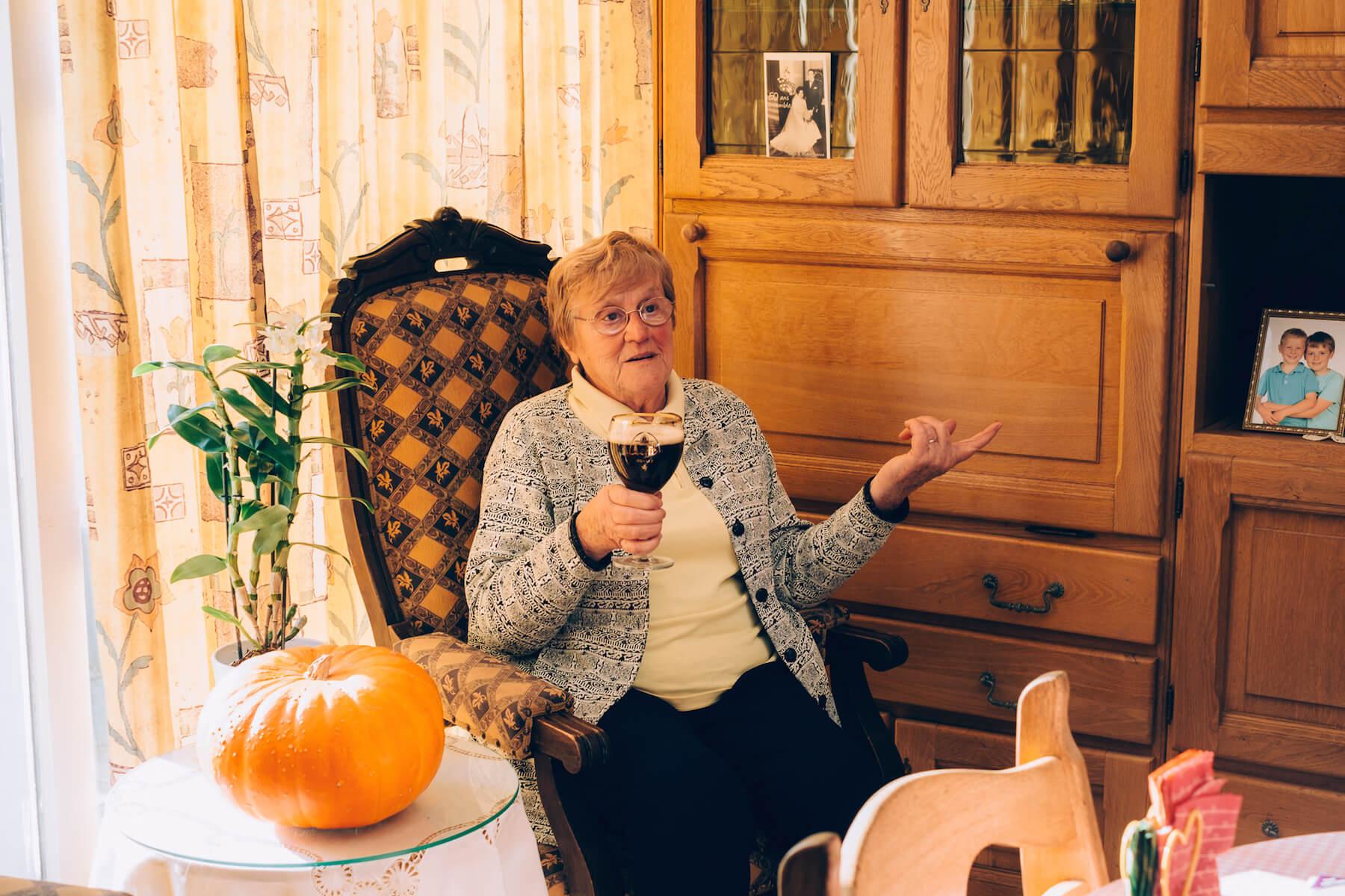 83-летняя Дениз из Бельгии