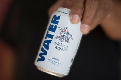 Вода Anheuser Busch