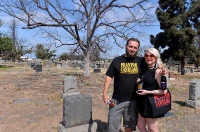 Phantom Carriage Brewery на Sunnyside Cemetery