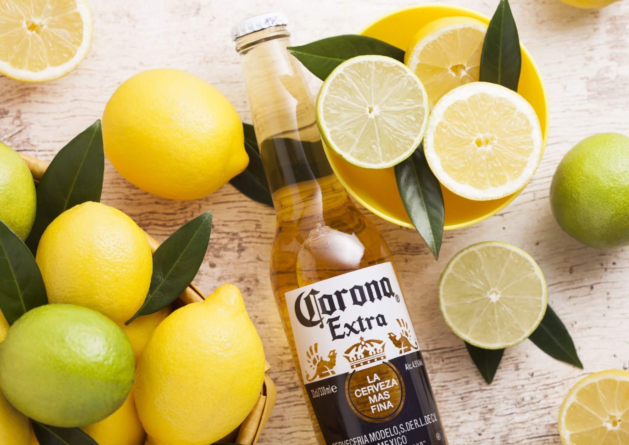 Как дистрибьютор убедил людей в том, что пиво Corona содержит мочу