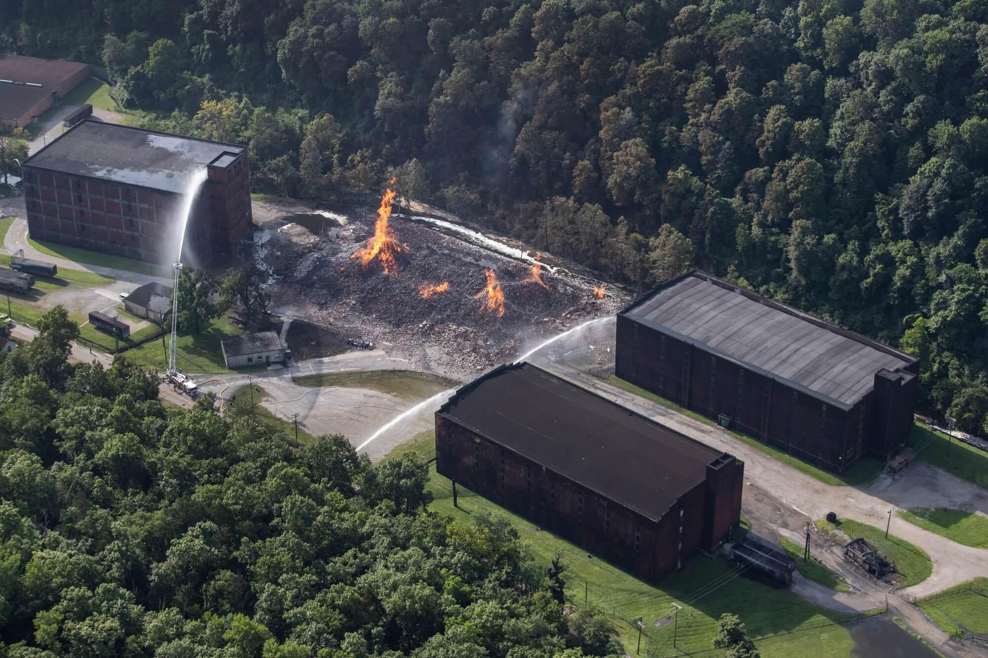 Пожар на складе Jim Beam
