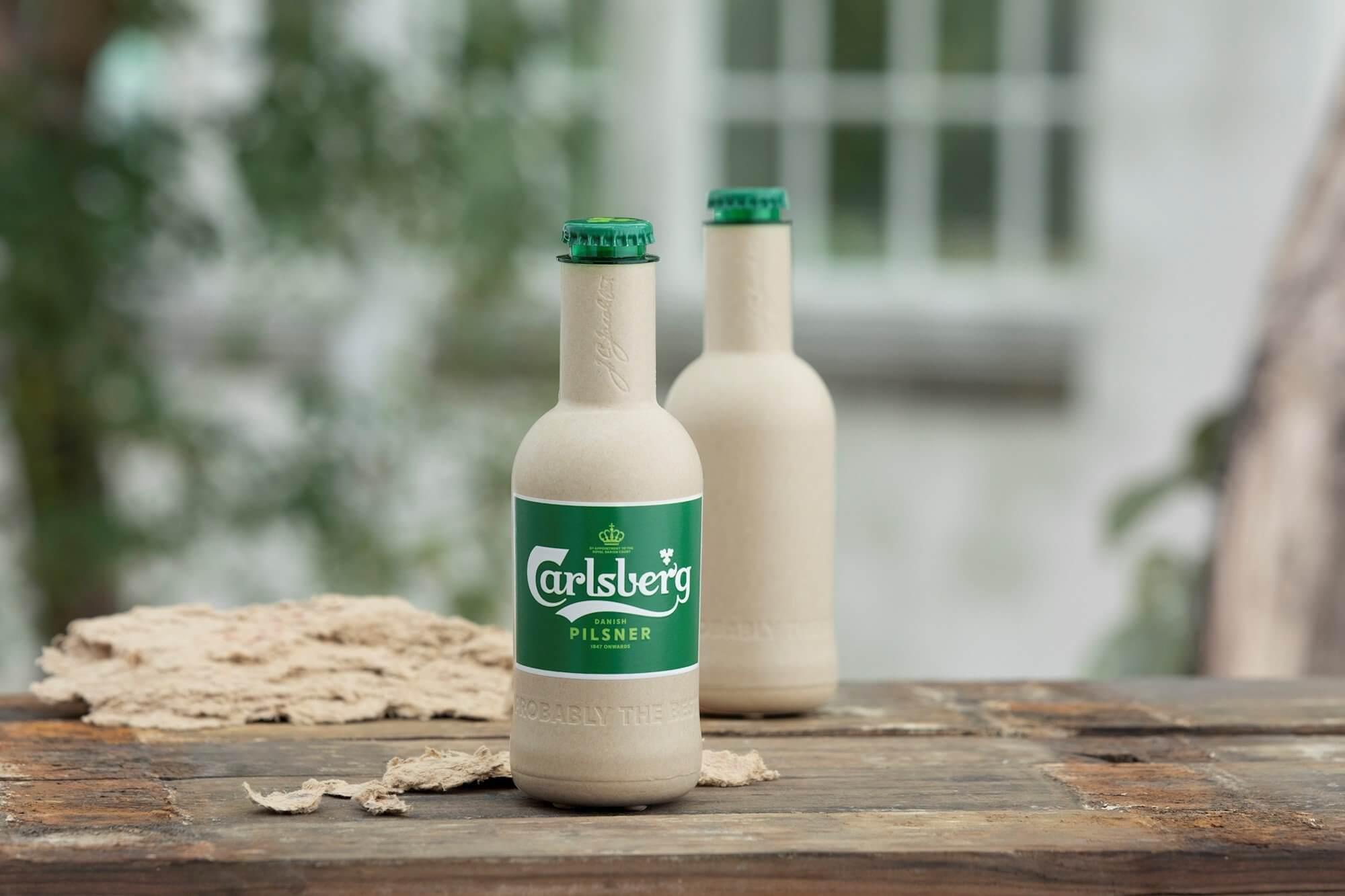 Бумажные бутылки Carlsberg